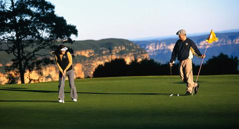 Paar, Leura Golf Course, Blue Mountains