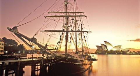 Großsegler im Sydney Harbour