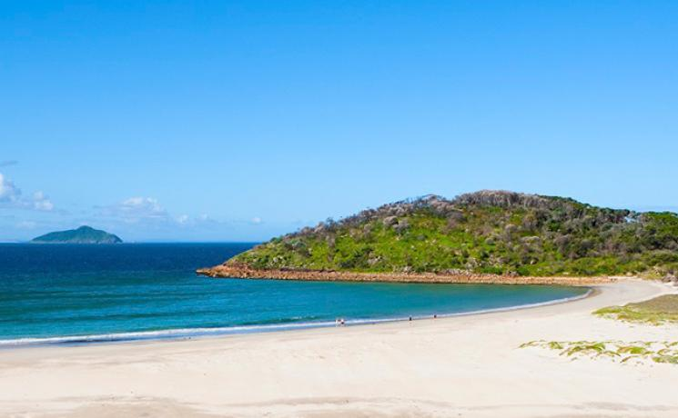 Malerischer Strand in Port Stephens