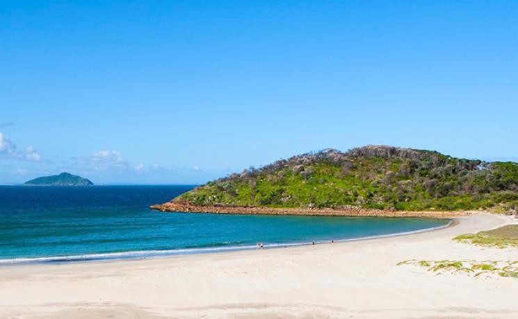 Malerischer Strand in Port Stephens